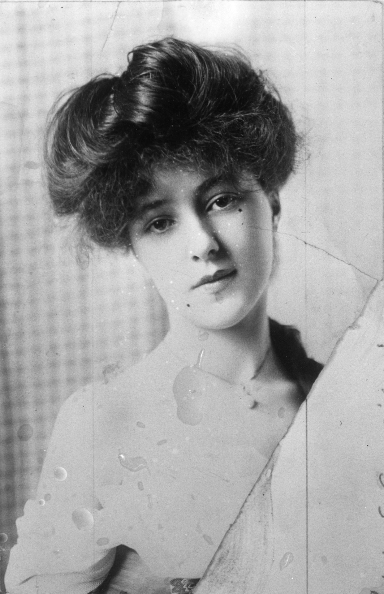 Evelyn Nesbit Thaw Wife Of Harry K Thaw In An Undated